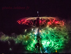 Paris, Tour Eiffel (louis.labbez) Tags: 14juillet 2016 bastilleday france juillet paris labbez monument ville town eiffel tower tour fireworks feu artifice nuit night spectacle ftenationale iledefrance