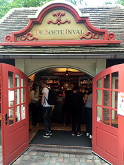 efteling_3_090 (OurTravelPics.com) Tags: efteling candy shop de soete inval anton pieck plein square marerijk kingdom