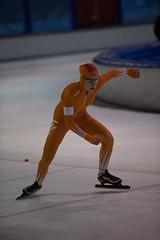 A37W7209 (rieshug 1) Tags: speedskating schaatsen eisschnelllauf skating nkjunioren knsb nkjuniorenallroundafstanden afstanden allround 50010001500massstart demeent alkmaar sportcomplexdemeent juniorenc ladies dames 500m