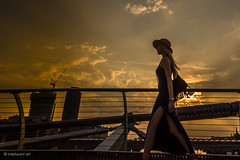 Lady under the hat 0816789 (meriwaniart) Tags: silhouettes lady crossing bridge over river thames against sunset london august 2016 meriwani art photography