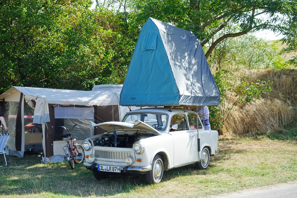 Zelt Auf Trabbi : The world s best photos of camping and trabi flickr hive