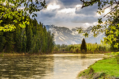Evening light (chittalr) Tags: nationalpark grandteton grandtetonnationalpark mountain landscape river water sunset light park green nature natur natural beauty beautiful nikon d750 nikond750 nikkor scenic