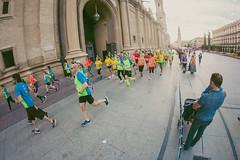 2016-09-25 09.18.43 (Atrapa tu foto) Tags: 8mm espaa europa europe maratondezaragoza saragossa spain xmaratnciudaddezaragoza zaragoza ateltismo atletics carrera corredores deporte fisheye marathon maraton maratn ojodepez runners running sport aragon es