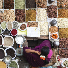 A Women selling dry spices at KR Market, Bangalore. These ingredients forms a essential part of every Indian's spicy food (Rajagopalan Sarangapani) Tags: life street rose lady nikon rj market bangalore dry spices pete raj rajagopalan bengaluru krmarket d7000 rajagopalansarangapani rjclicks bangalorepete kempakoda