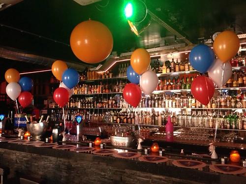 Tafeldecoratie 4ballonnen Koninginnedag Bar Tops Spijkenisse