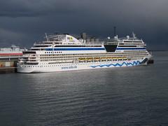 AidaStella - IMG_4904 (Captain Martini) Tags: cruise cruising southampton cunard queenvictoria cruiseships aidacruises aidastella