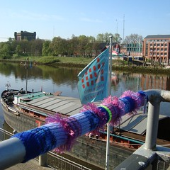 Riverside Guerrilla Knitting (yarnitic) Tags: knitting stricken guerillaknitting guerrillaknitting yarnbombing yarnbomb
