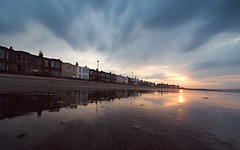 Esplanade Terrace (Lee Kindness) Tags: blue sunset orange reflection clouds scotland seaside edinburgh unitedkingdom terrace portobello firthofforth joppa