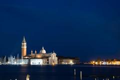 Hora azul. (De carrusel) Tags: 2016 ciudad venezia veneto italia it