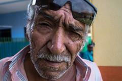 Caravana da Transformao - Peixoto de Azevedo (lisandrocastro) Tags: pessoas matogrosso peixotodeazevedo caravana cirurgiacatarata idosos crianas cegos vidasimples
