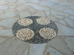 Tinos Falatados - mosaic (Cinzia, aka microtip) Tags: tinos cicladi grecia falatados view mosaic decoration details dettagli decorazioni deco
