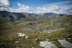Fleseen near Fuorcla da Faller (GR) (Toni_V) Tags: m2401116 rangefinder digitalrangefinder messsucher leica leicam mp typ240 type240 28mm elmaritm hiking wanderung randonne escursione walserweg graubnden grisons grischun jufmulegns alps alpen avers averstal fallerfurgga fleseen bergsee mountainlake stallerberg fuorcladafaller switzerland schweiz suisse svizzera svizra europe landscape clouds wolken sky toniv 2016 160902