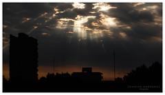 (Damian Garnero) Tags: atardecer rayosdesol cielo sky nubes clouds