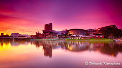 Riverbank at Sunrise (Silveryway) Tags: riverbank rivertorrens riverbankfootbridge adelaide australia adelaidefestivalcentre adelaideconventioncentre sunrise dawn twilight