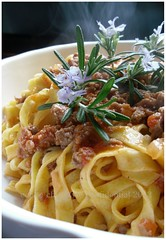 tagliatelle-ragu-alla-bolognese-ricetta (Cool Chic Style Fashion) Tags: noodles recipes tagliatelle ragubolognese italianrecipe italy myrecipes pasta