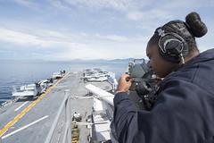 160927-N-JS726-081 (SurfaceWarriors) Tags: navy marines amphibiousassault philippinesea bonhommerichard navigation seaandanchor expeditionarystrikegroup underway deployment military