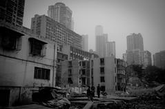 重庆都市风景 (SinoLaZZeR) Tags: china blackandwhite bw blackwhite fuji documentary cityscapes finepix fujifilm yangtze 中国 chongqing 风景 黑白 changjiang reportage 重庆 人 长江 x100 亚洲 yazhou 都市