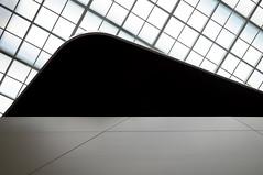 (Hugo Chinaglia) Tags: white black branco museum nikon europa europe university museu swiss zurich curves preto suia zurique minimalism minimalismo universidade eth curvas d90 18105mm focusterra