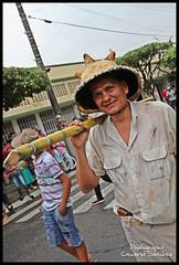 Al Hombro (Cexarst Sanchez) Tags: de al personas desfile tame calles sanchez tradiciones raices hombro naot folclor arauca 2013 cexar tameo