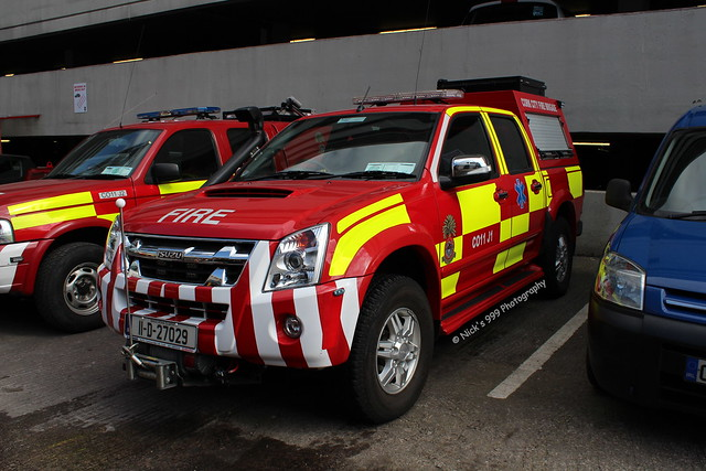 street city blue terrain station fire lights all d cork 11 led vehicles vehicle leds emergency firefighters brigade sirens isuzu anglesea dmax 27029 co11j1 charlieoscarjuliet1