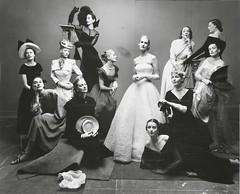 doce modelos mas fotografiadas 1947 irving penn (-Merce-) Tags: modelos 1947 invingpenn