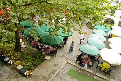 Chilling Out in Koza Han (automidori) Tags: turkey cafe foliage silkroad birdseyeview alfresco bursa kozahan
