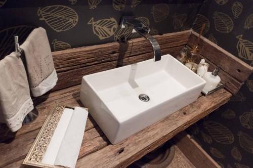 Toilet. Foto: madeiradedemolicao.com