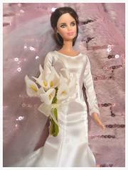 Bella bridal lilies (vampirefrannaz) Tags: twilight doll vampire barbie bella