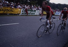 1982 World Cycling Champ006 (Tim Callaghan) Tags: cycling jones 1982 bikes flags kelly 35mmslides roads crowds goodwood lemond saroni worldroadracechampionships