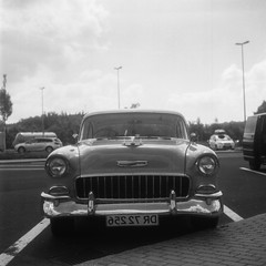 vintage car (knochenjunge) Tags: black white monochrom car auto old classic 50s hc110 selfdeveloped illford hp5 grain film yashica mat 124g yashicamat124g tlr medium format 6x6