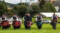 Massed marching bands (Matthias-Hillen) Tags: uk scotland schottland united kingdom grosbritanien perth highland games 2016 piping band marching massed bagpipes drums dudelsack trommel matthias hillen matthiashillen