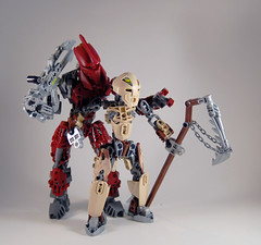 MOV - Banserko and M'azzal - Silly shot (0nuku) Tags: bionicle lego toa sand fire stone banserko mazzal scythe gunblade hau komau