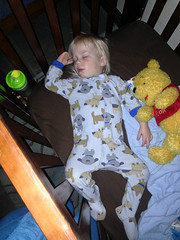 20160126_Shannon_phone_0067.jpg (Ryan and Shannon Gutenkunst) Tags: codygutenkunst drseussquilt winniethepooh bedtime blanket crib quilt sleeping waterbottle tucson az usa