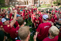 events_20160923_ethics_boot_camp-215 (Daniels at University of Denver) Tags: 2016 bootcamp candidphotos daniels danielscollegeofbusiness dcb ethics ethicsbootcamp eventphotos eventsphotography fall2016 lawn oncampus outside students undergraduatestudents westlawn