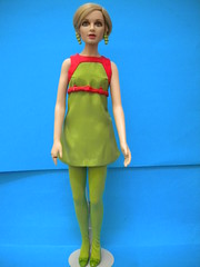 """Twiggy 16""""- variant outfit - Franklin Mint 2003 (mad-about- fleur) Tags: twiggy franklin mint"""