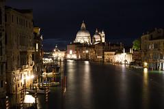 Night in Venice (Txulalai) Tags: venezia venecia venice italia travel agua nocturna urbana arquitectura monumento iglesia church catedral cathedral sonyilce6000 sony sonyalpha6000 sonya6000