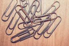 Paperclips (WillemijnB) Tags: paperclips office bureau
