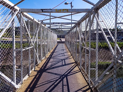 ponte (Gustavo Pedrosa P. Prado de Lima) Tags: ponte build cidade city brasil photos urban ao ar livre manh
