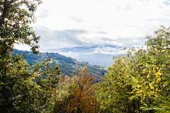 Castelnuovo Garfagnana (Antonio Casti) Tags: autunno casty castelnuovogarfagnana toscana paesaggio nuvoloso italia panorama nebbia italy viaggio castelnuovodigarfagnana it