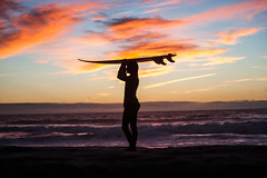 20161016 -Surf_16 (Laurent_Imagery) Tags: surf surfer lajolla ca usa surfing surfboard surfline surfergirl teen teenager horizon sky clounds yellow orange golden blue silhouette fins sun sunset water sea ocean pacific pacificocean oceanpacific windansea la jolla sandiego california westcoast west beach coast coastal coastline editorial magazine sport action lifestyle nikon d3 lightroom fall season