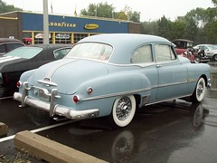 Pontiac_Chieftain_2_doors_1951 (7) (Alain Berthelot) Tags: show 2 car doors chief 8 pontiac 51 eight collector 1951 tein chieftain tain eights chieftein