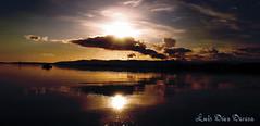 Vilagarcia de Arousa (Luis Diaz Devesa) Tags: sunset sea espaa beach clouds boat mar spain europa barco ship playa galicia galiza nubes pontevedra vilagarciadearousa villagarciadearosa luisdiazdevesa quotpuestadesolquot