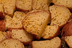 DSCF8017 (AtomImage) Tags: food spices oliveoil roasted redpotato howtwocookcom