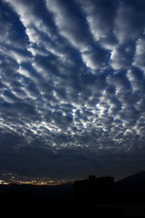 (VictorRestrepo9) Tags: city shadow cloud mountain color colors clouds photography dawn photo nuvole colore nuvola foto cloudy ombra ciudad sombra amanecer nubes fotografia montaña nube
