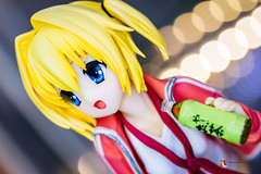 Tenshin Ranman LUCKY or UNLUCKY!? - Sana Chitose (GabrielVH) Tags: 18scale 60mm 7d blondehair blueeyes broccoli buruma canon cute greentea pvcfigure ribbons sanachitose socks sports tshirt tenshinranman trainers flickrsafe