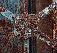 rusty sign (LotusMoon Photography) Tags: signs sign rust rusty patina old aged gate stewartironworks iron metal fence annasheradon