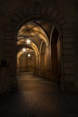 Krumau - esk Krumlov - the path (Ralph Oechsle) Tags: krumau eskkrumlov czech czechrepublic tschechien sdbhmen southbohemia medieval castle burg path weg lights lichtspiel schatten shadow