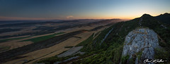 Alto de Portilla (Clear Of Conflict) Tags: portilla castillo alava araba basque country pais vasco landscape pano panorama panoramic paisaje naturaleza zambrana euskadi euskal herria alavavision amanecer sunrise dawn campo monte specland
