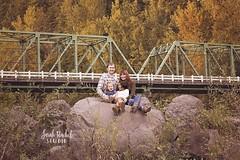 Troutdale Fall Family (Sarah Novak Rachel) Tags: family outdoorportrait autumn bridge troutdale