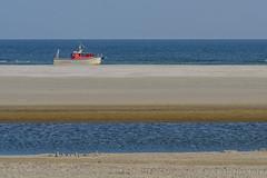 Survey (JnHkstr) Tags: ameland fotoclub gespot ballum beach strand wadden